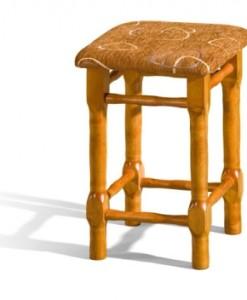 Dřevěný taburet do jídelny Monako
