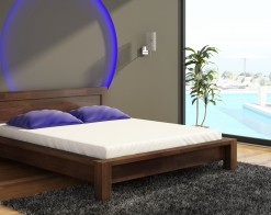 Variabilní postel Vanja z masivu borovice