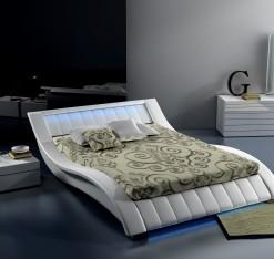 Čalouněná manželská postel Melany