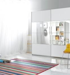 Zrcadlová šatní skříň s posuvnými dveřmi Avery