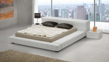 Široká čalouněná manželská postel Amadeo