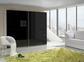 Černá šatní skříň s posuvnými dveřmi Darvin 1