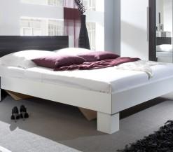Bílá manželská postel s nočními stolky Veria boc