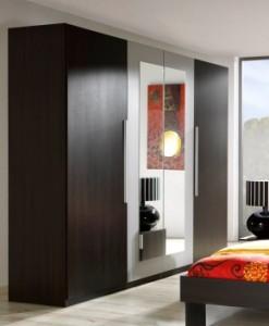 4-dveřová šatní skříň se zrcadlem Veria we